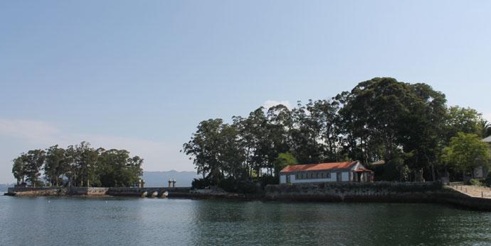 Isla de San Simón en la Rïa de Vigo